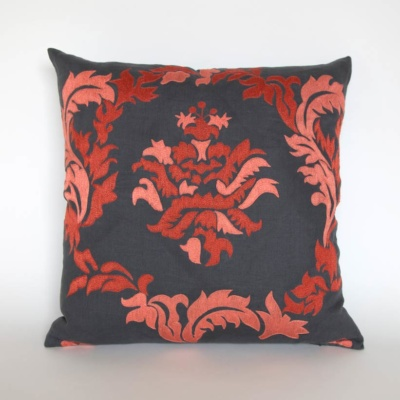 Volta Pillow 1