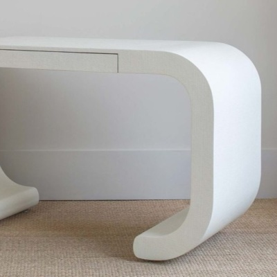 Vanola Desk Console